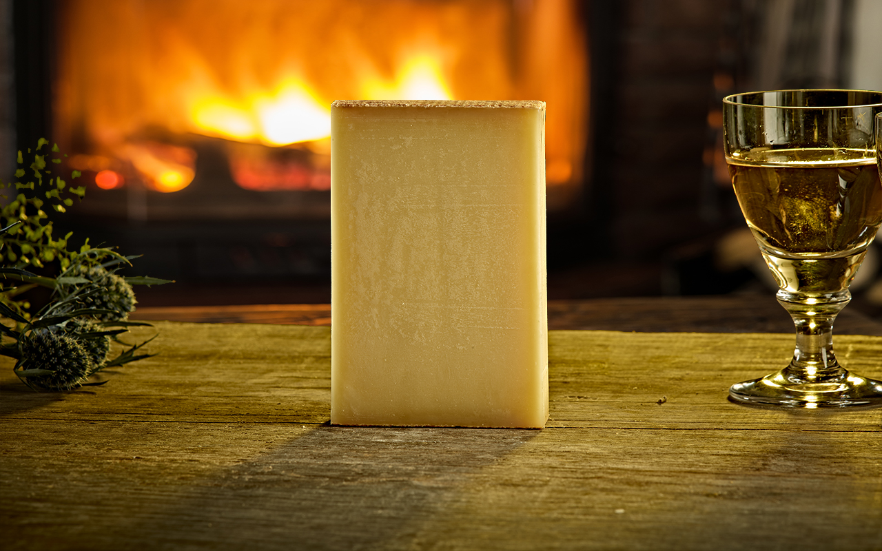 Pong Cheese Le Gruyere Switzerland AOP