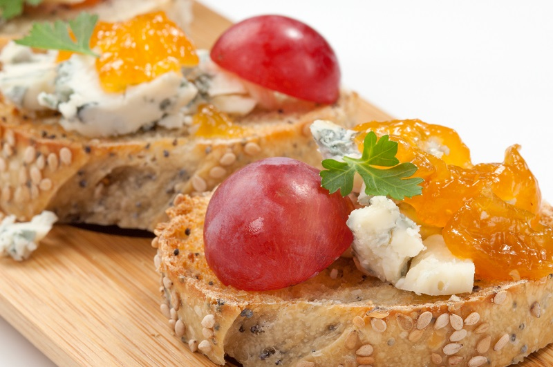Blue Cheese and Apricot Jam Crostini