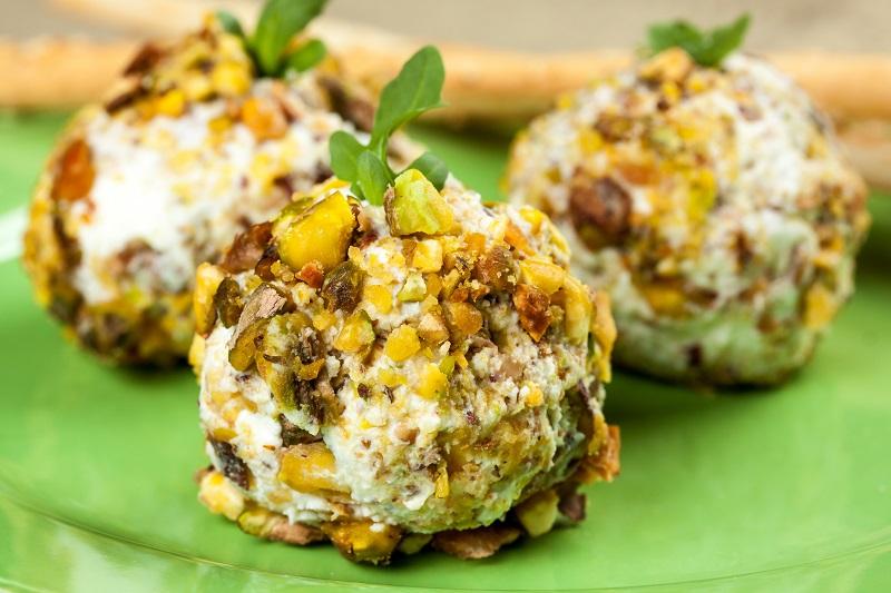 Pistachio Goats Cheese Balls