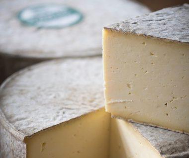 Gorwydd Caerphilly Welsh Cheese